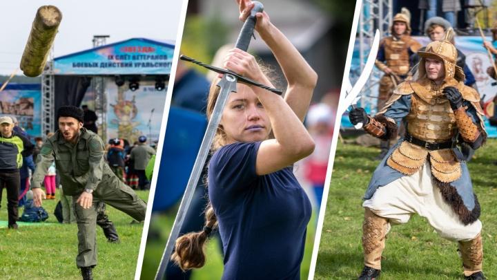 Махали шашками, кидали бревна и тягали УАЗ: казаки устроили фестиваль боевых искусств в Екатеринбурге