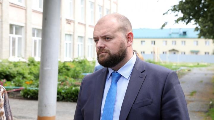 Замгубернатора Зауралья Анатолия Воробьева госпитализировали с подозрением на COVID-19