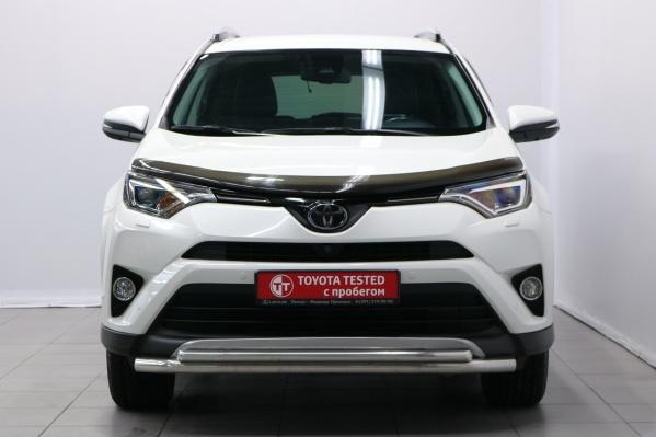 Специальная программа продаж сертифицированных автомобилей возрастом до пяти лет и с пробегом до 130 тыс. км реализуется в автосалонах официальных дилеров — Toyota Tested