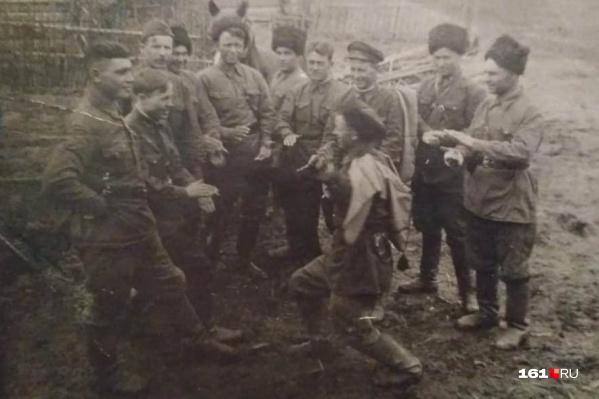 В свободное от военных действий время казаки могли и повеселиться