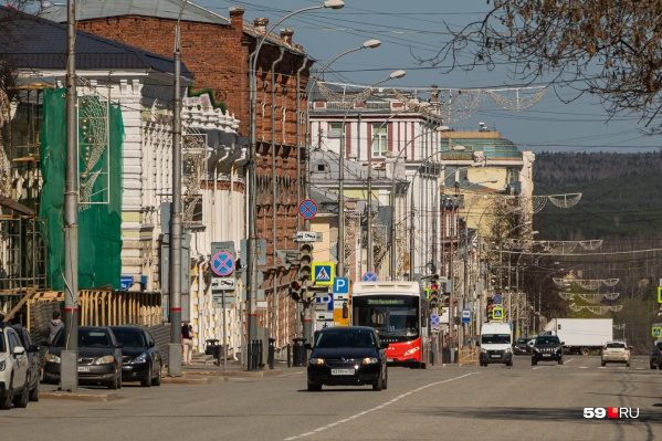 В последние дни на улицах стало больше машин