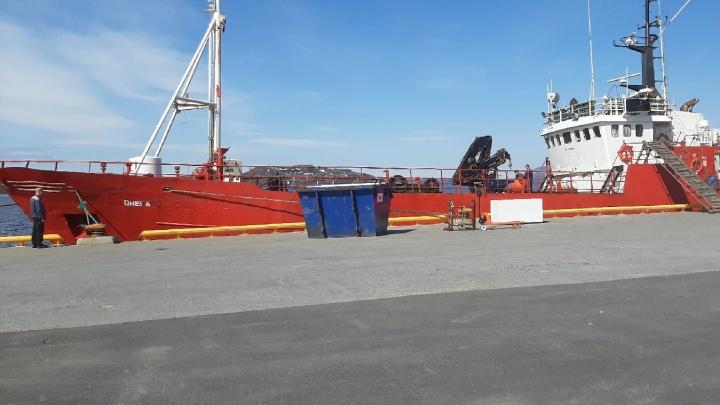 «Рано или поздно это должно было случиться»: бывший член экипажа затонувшей «Онеги» рассказал о судне