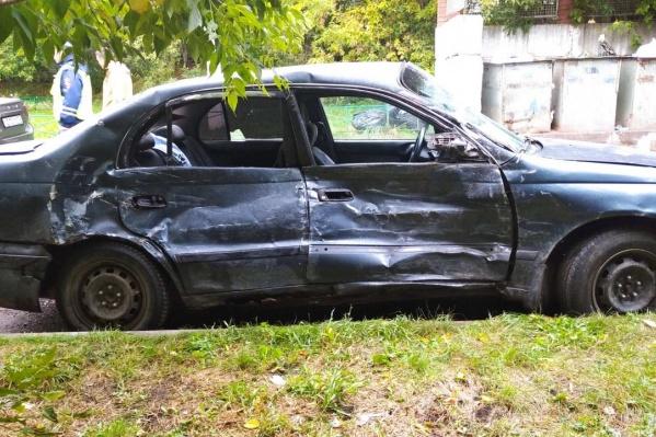Мамина «Тойота» серьезно пострадала в аварии