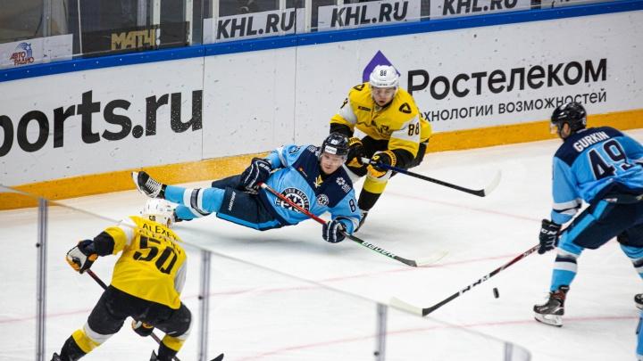 ХК «Сибирь» проиграл «Северстали» из Череповца — исход игры решили послематчевые буллиты