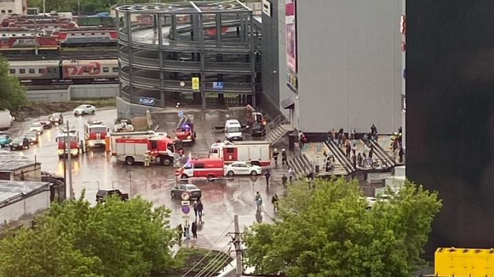 В Самаре из ТЦ «Гудок» эвакуировали 120 человек