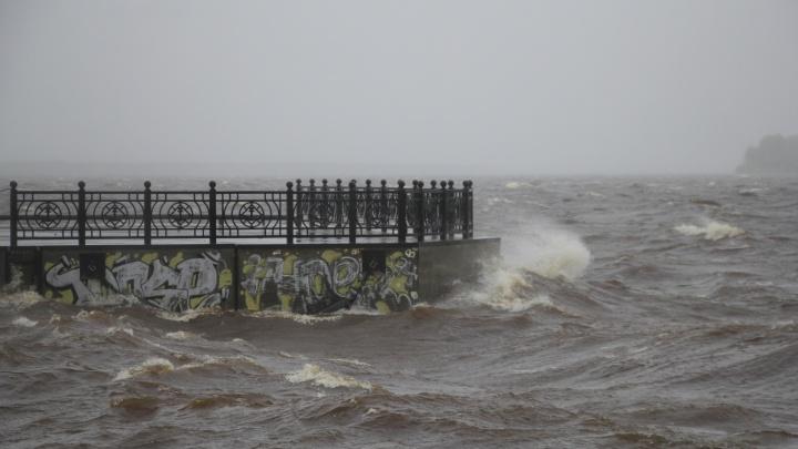 В ближайшие часы в Архангельск вернется штормовая погода