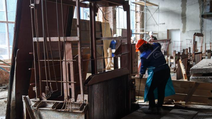 Предприятиям и бизнесу Волгограда подняли плату за канализацию