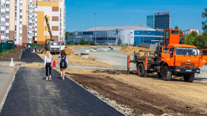 Развязка близко: завершен очередной этап строительства дороги по 250-летия Челябинску — пешеходы оценили