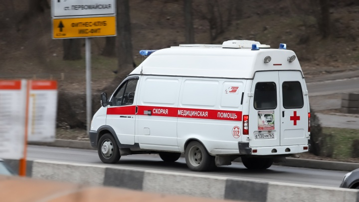 Еще три человека умерли от коронавируса на Дону. Рассказываем, в каких городах