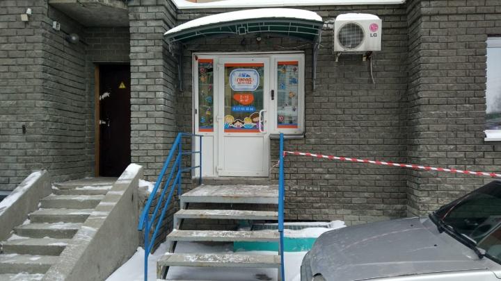«Расслабился в любимом садике». Родители пожаловались на пьяного повара частного детсада в центре Новосибирска