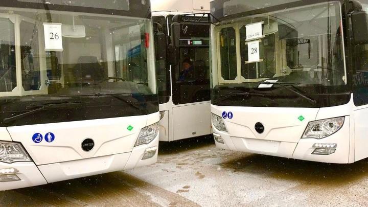 Мэр Новокузнецка отменил плату за проезд в общественном транспорте. Но только на один день