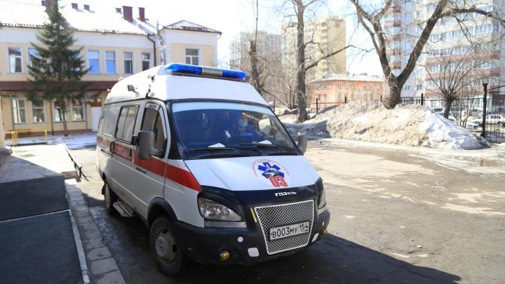 Бросят ли мигранта с ОРВИ на улице — рассказал главный врач новосибирской облбольницы