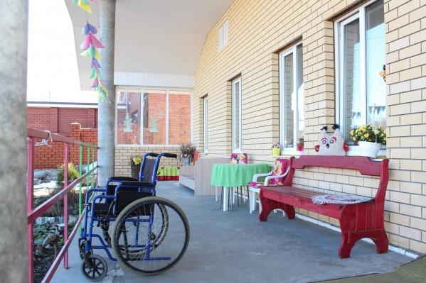 В доме престарелых на момент проверки жили 18 человек
