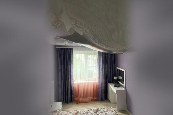 Как думаете, сколько кубов воды выдержал этот потолок?