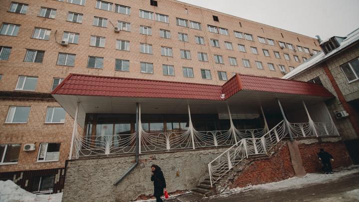 Корпус ОКБ № 1 на Котовского экстренно ремонтируют для госпитализации больных коронавирусом