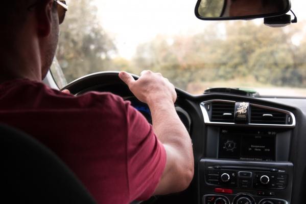 Кредит по программе «Первый автомобиль» могут получить заемщики, которые ранее не имели в собственности автомобиль, а«Семейный автомобиль» — те, у кого есть минимум 1 ребенок