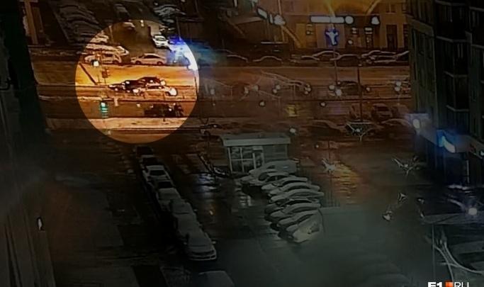 «Выходит женщина с пистолетом и начинает стрелять»: жена водителя Daewoo — о конфликте в Академическом