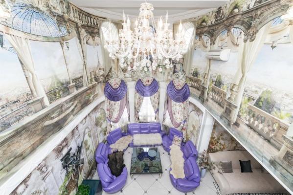 Невероятные дворцы стали признаком богатой эпохи в России: когда успешным был почти любой бизнес, а деньги приходили и уходили одинаково легко
