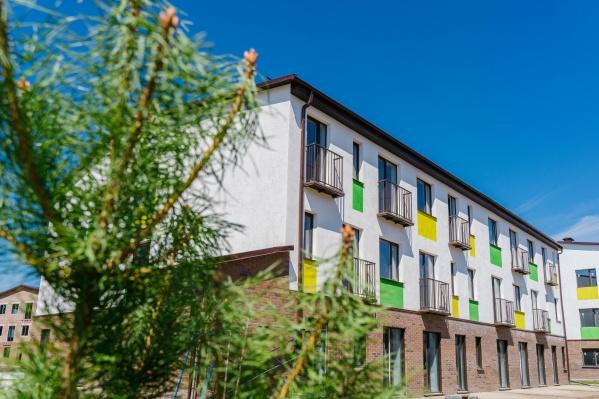 Квартал строят в окружении живописного леса