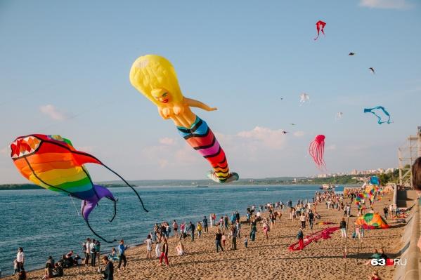 На фестивале в небо запустят огромных воздушных змеев