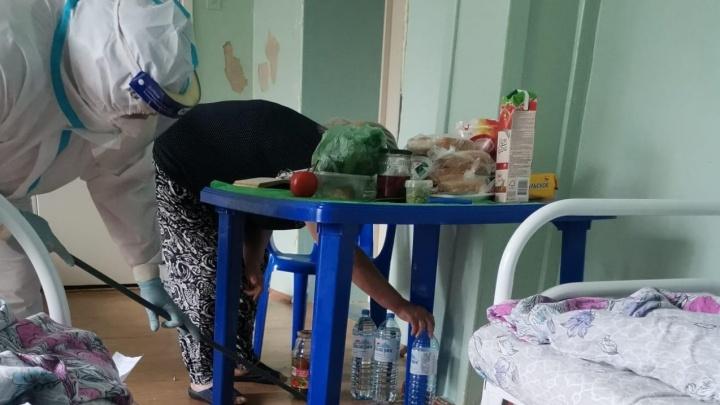 «Маму не лечат, у сестры ошибочный тест, про папу забыли»: история челябинской семьи с коронавирусом