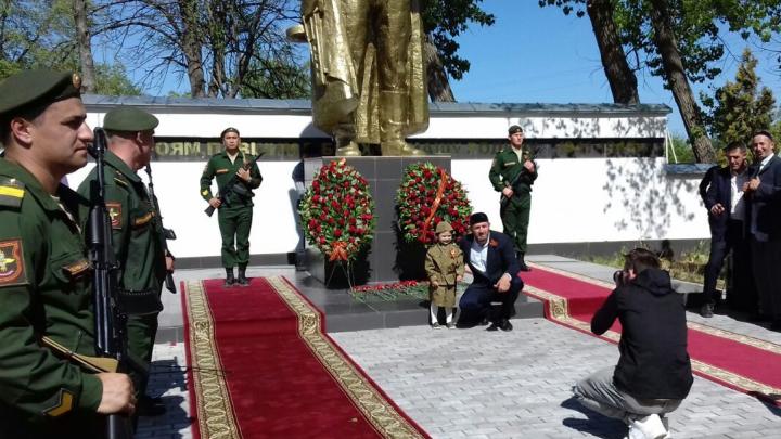 Чеченские волонтеры ищут в Башкирии родственников солдат, погибших в годы войны