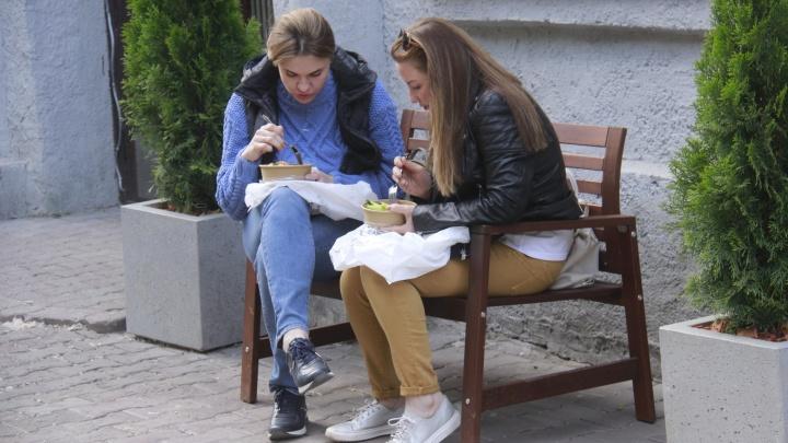 Падение продолжилось: новосибирский общепит не досчитался в мае 1,6 миллиарда рублей