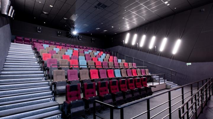 Кинотеатрам и бассейнам Башкирии предложили закрыться в связи с коронавирусом