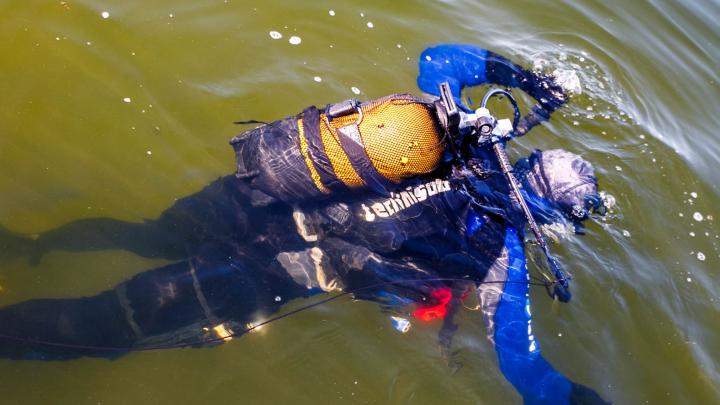 В Тобольске рядом с нефтебазой утонул мужчина