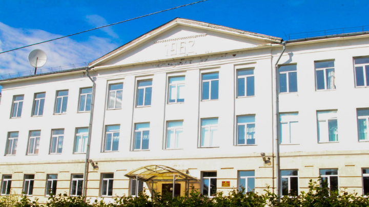 Власти Архангельска выделили 216 тысяч рублей на ремонт двух школ и детского сада