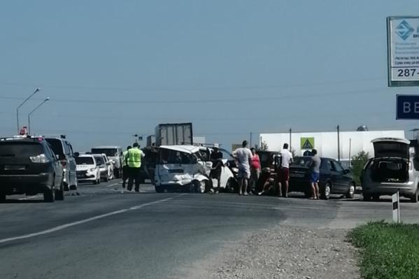 Все машины получили значительные повреждения