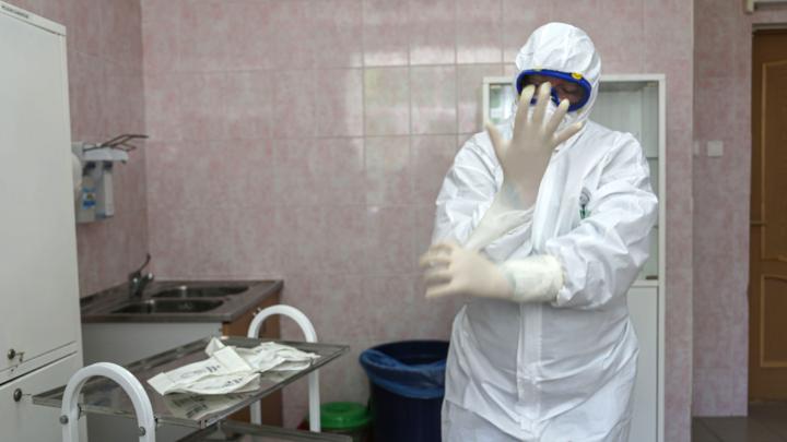 Число заразившихся COVID-19 в Башкирии резко подскочило, хотя, по статистике, пик заболеваемости позади