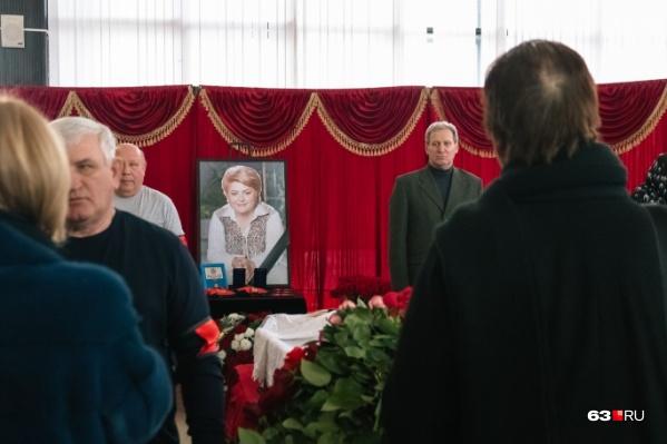 Прощание с Галиной Светкиной посетили сотни людей