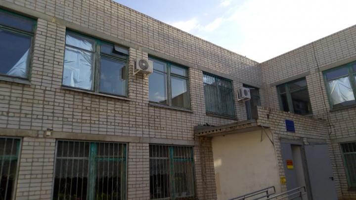 «Сады Придонья» выделили порядка двух миллионов рублей на замену окон в Паньшинской средней школе