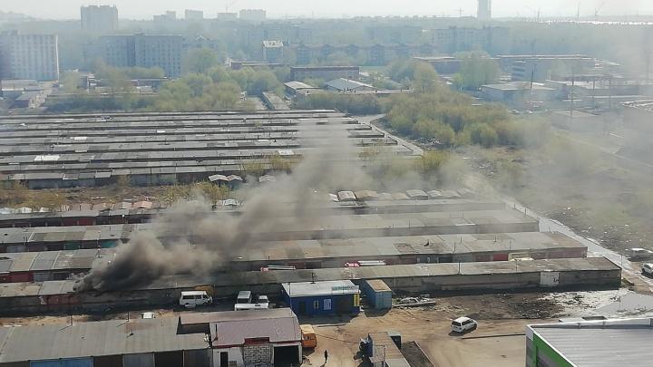 В гаражах на Сибиряков-Гвардейцев взорвался газ: пострадали трое