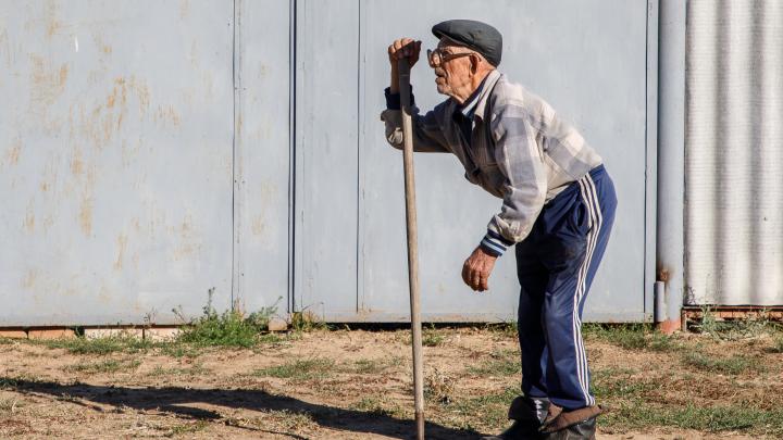 В Волгоградской области пересчитали всех пенсионеров: их больше трети населения региона, и они не работают