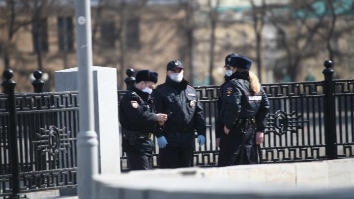 Теперь и в полиции: стало известно, сколько свердловских полицейских заразилось коронавирусом