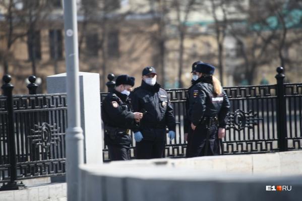 Трое уральских полицейских не убереглись от коронавируса