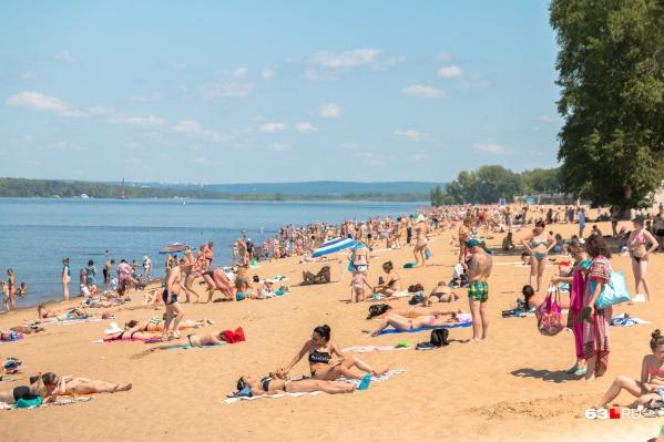 Пляжи на Волге — одно из излюбленных мест времяпрепровождения у самарцев