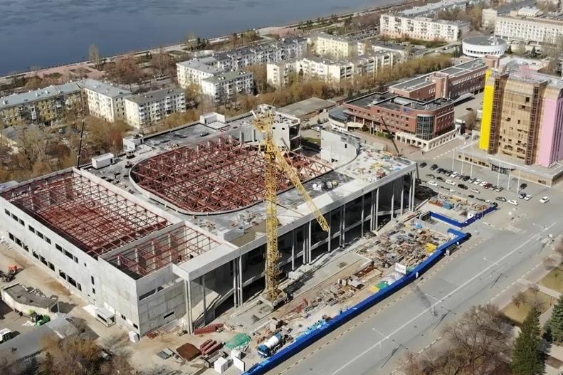 Один из крупных проектов 63-го региона — строительство дворца спорта на Молодогвардейской в Самаре — финансируется областным бюджетом и компанией «Роснефть»