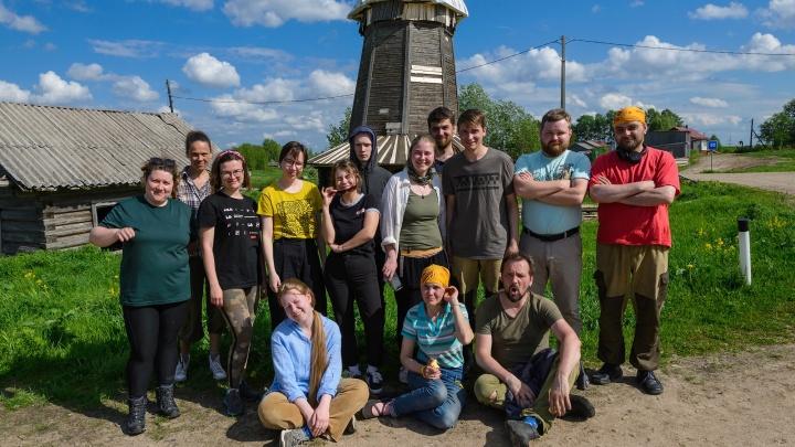 «Это отвага и безрассудство»: почему в деревне в Холмогорском районе хотят сделать арт-резиденцию