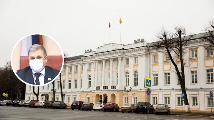 «Даже с Ларисой Юрьевной не поцеловались»: в Яроблдуме заявили о беспрецедентных мерах безопасности