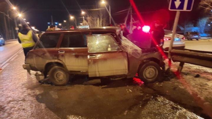 Водитель «Жигулей» насмерть разбился на тюменской объездной