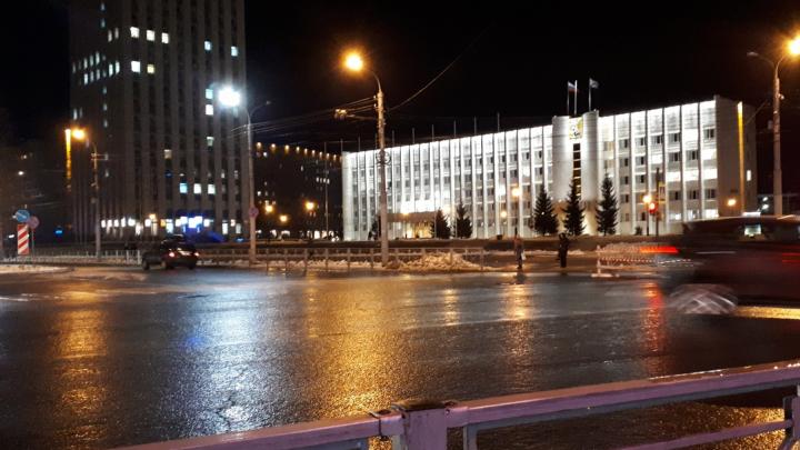 Перекресток Троицкого и Воскресенской в Архангельске частично перекроют