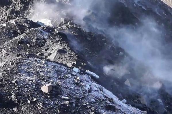 Из-за подземных пожаров в Киселевске и Новокузнецком районе с 14 апреля 2020-го вводили режим ЧС<br>
