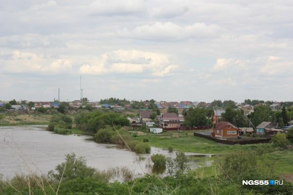 Многие жители деревни работают в Калачинске, но завтра они не смогут туда попасть