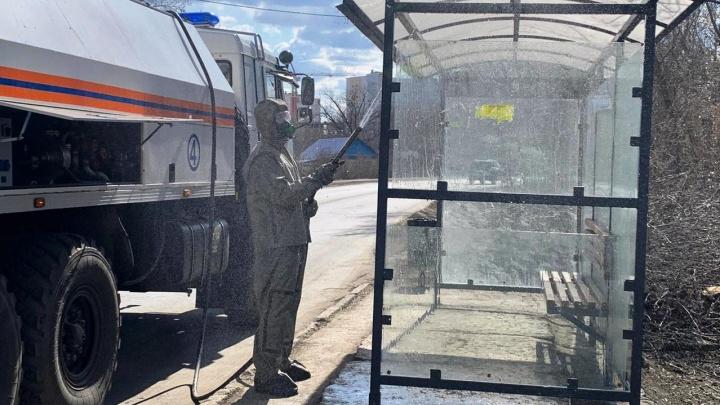 В Самаре спасатели помыли улицы хлоркой