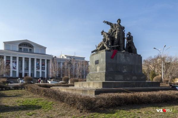В Волгограде обновят несколько улиц, одну площадь, один сквер и один проспект
