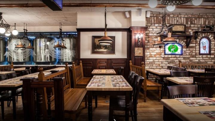 Ресторан «Максимилианс» оштрафовали на 200 тысяч рублей за коронавирусные нарушения