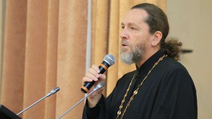 «Больных очень много, на всех не хватает лекарств»: волгоградский священник умер от осложнений коронавируса